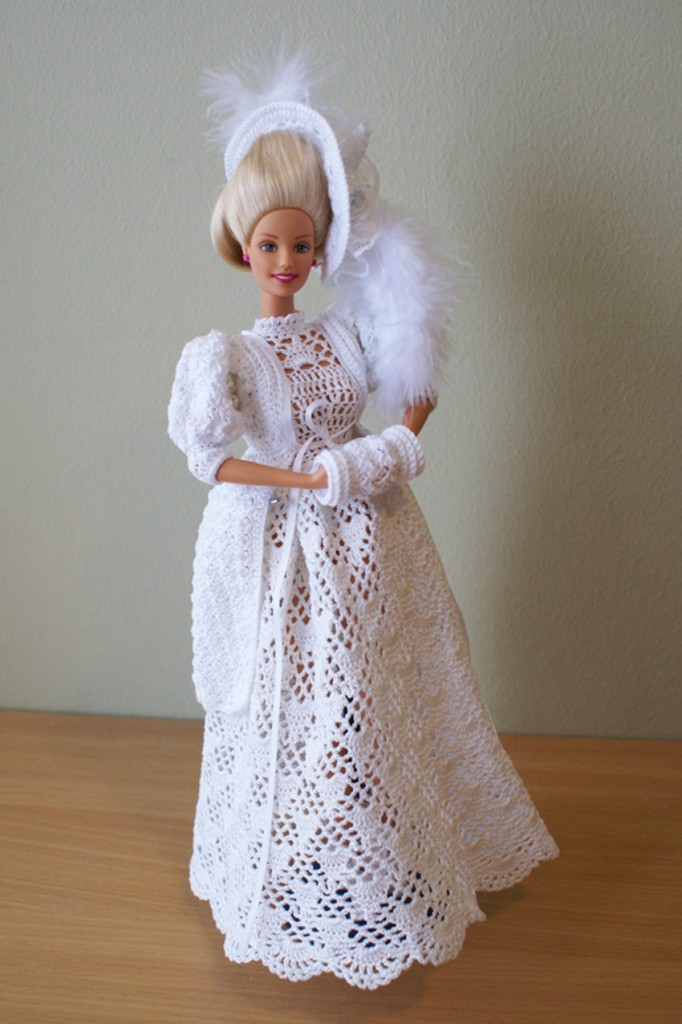 Crochet Barbie : Crochet Barbie dress by Annies Granny Design, design by Sandra Peach