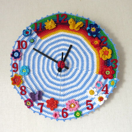 Crochet-clock-1