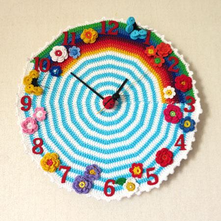 Crochet-clock-2