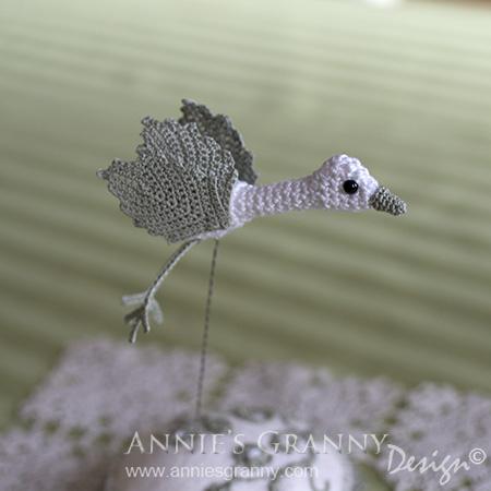 Crochet bird b