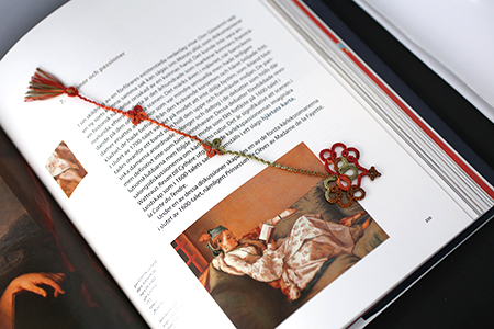 Tatted bookmark by Annie's-Granny - design by Vicki Clarke