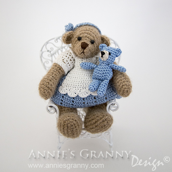 Crochet bear Alice by Annie's Granny Design