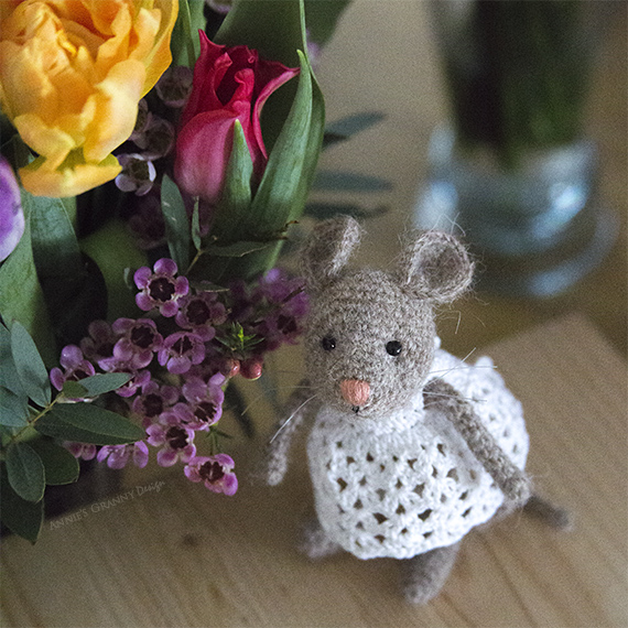 Crochet mouse by Annie's Granny Design - Pattern by Pysselboa