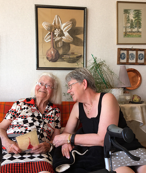 Sara Lawergren och Anita Schaeder
